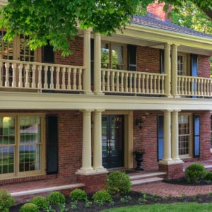 2nd story porch railing and round tapered columns