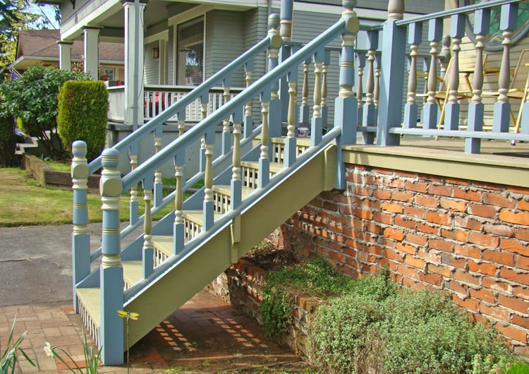 Portland, OR Porch Railing Restoration (3)750p