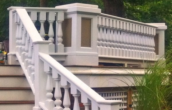 robust deck railing and spindles