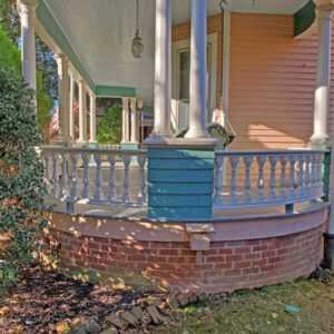 Rounded porch railing